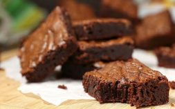paleo diet, paleo recipes, 4 Ingredient Brownies